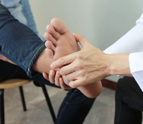 Intercoastal Medical Group - podiatrists near me - podiatrist Sarasota fl - Bunions - Diabetic foot - Foot fractures - Sprains - Fungal toenails - Geriatric foot problems - Hammer toes - Flatfoot